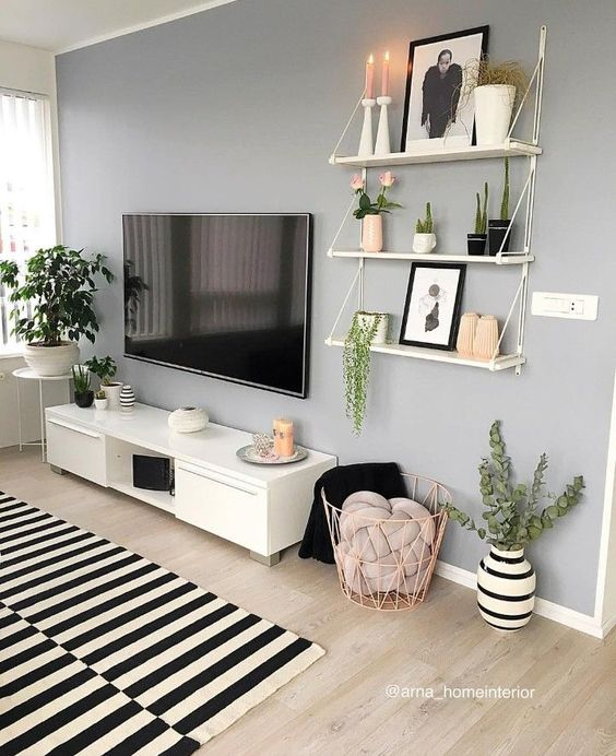 tv wall 8