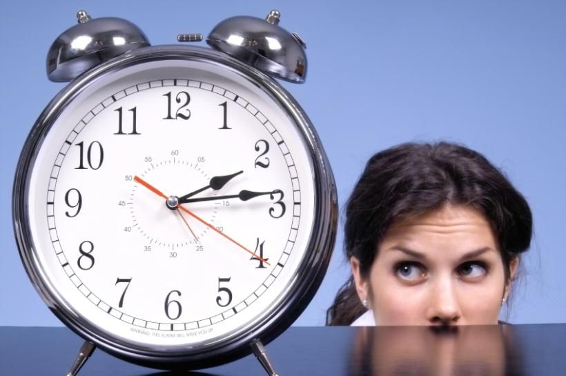 Staring-At-Clock